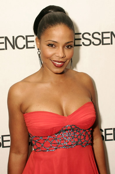 Sanaa Lathan gets kissed by a woman « Media Outrage