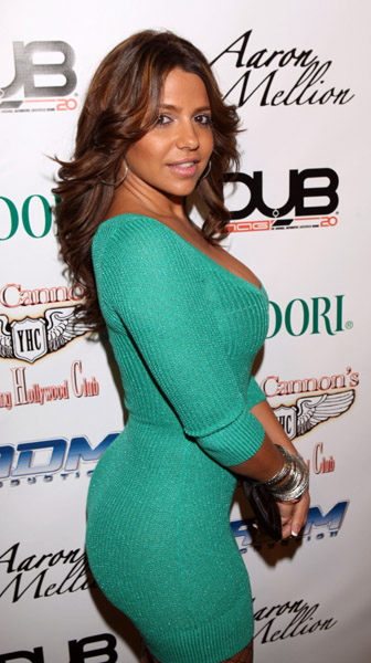 Vida Guerra enuff to make a dying priest say gotdizzzzaaaayuuuum ...