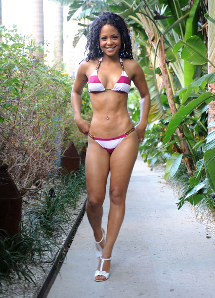 angela simmons bikini. shows off in a ikini