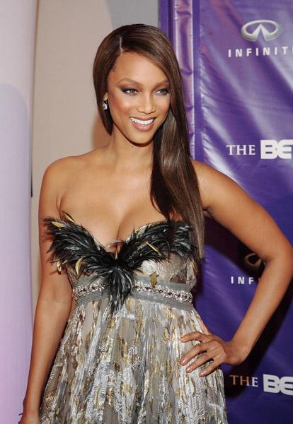 Tyra banks cleavage