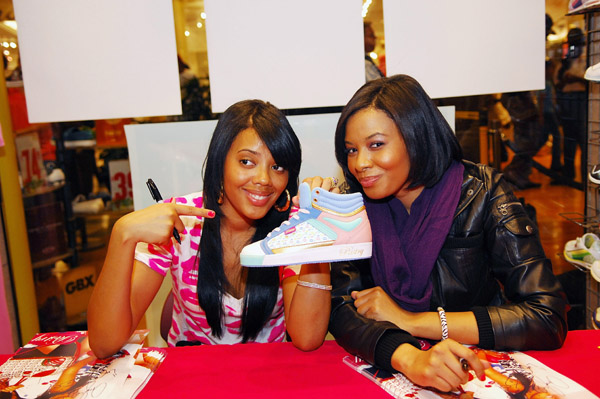 Vanessa and AngelaSimmons