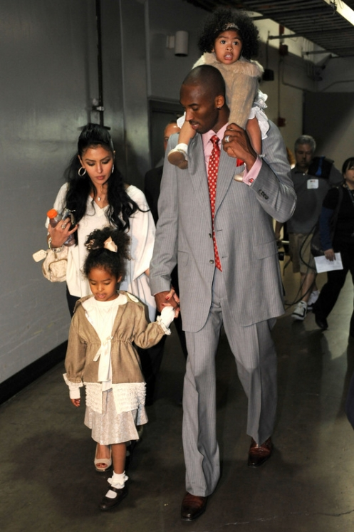 kobe bryant wife and kids. Kobe Bryant and his MVP swag