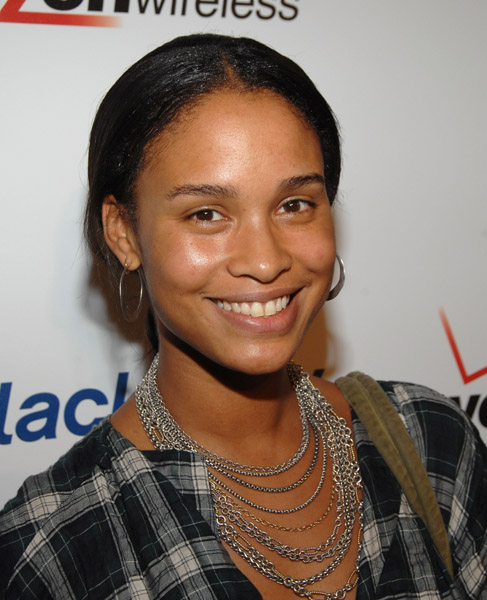 Joy Bryant - Wallpaper Colection