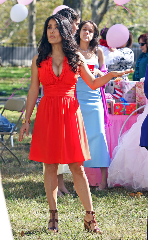 "Salma Hayek was on location in Brooklyn, on Friday for the taping of ""30"