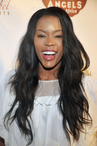Golden Brooks - Gallery Photo Colection