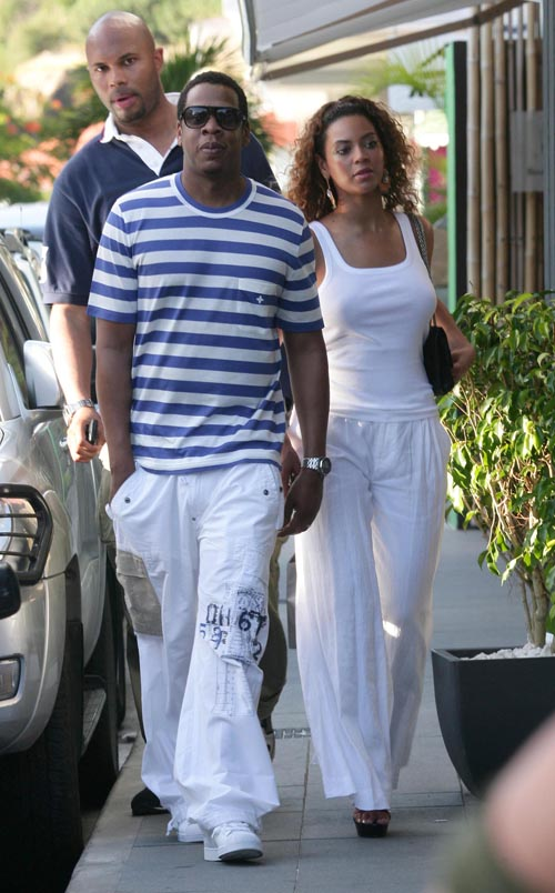 Beyonce And Jay-Z Out And About In St. Barts (USA And Canada Onl