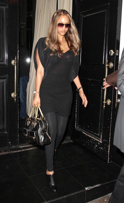 Tyra Banks Leaving Beso Restaurant