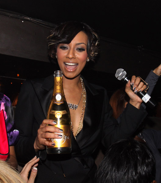 keri-hilson-l8bottle