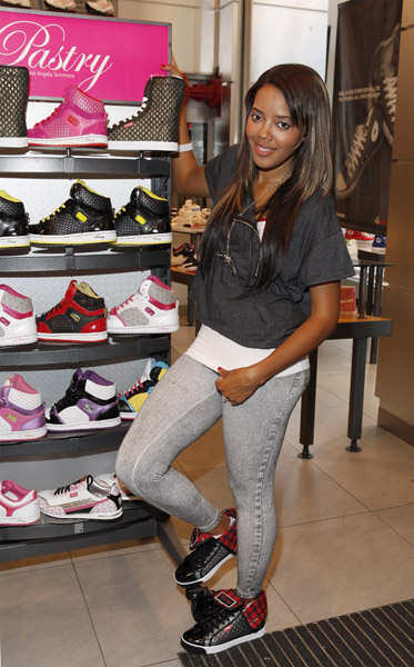 Angela Simmons l10best