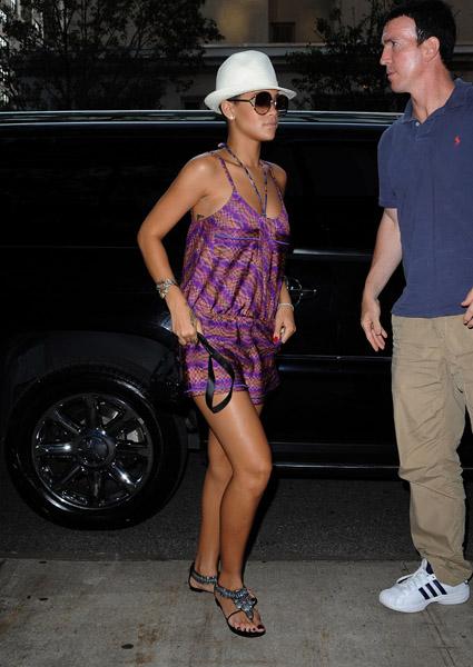 Rihanna y6