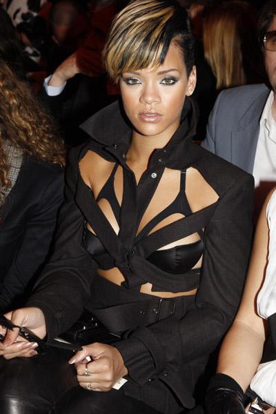 Rihanna d