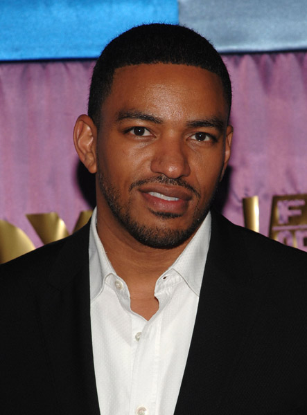 Laz Alonso - Images Gallery